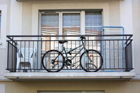 Как хранить велосипед на балконе