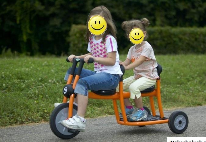 велосипед для близнецов и двойни Tricycle Italtrike