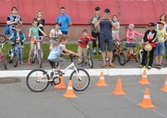 Соревнования по фигурному вождению велосипеда