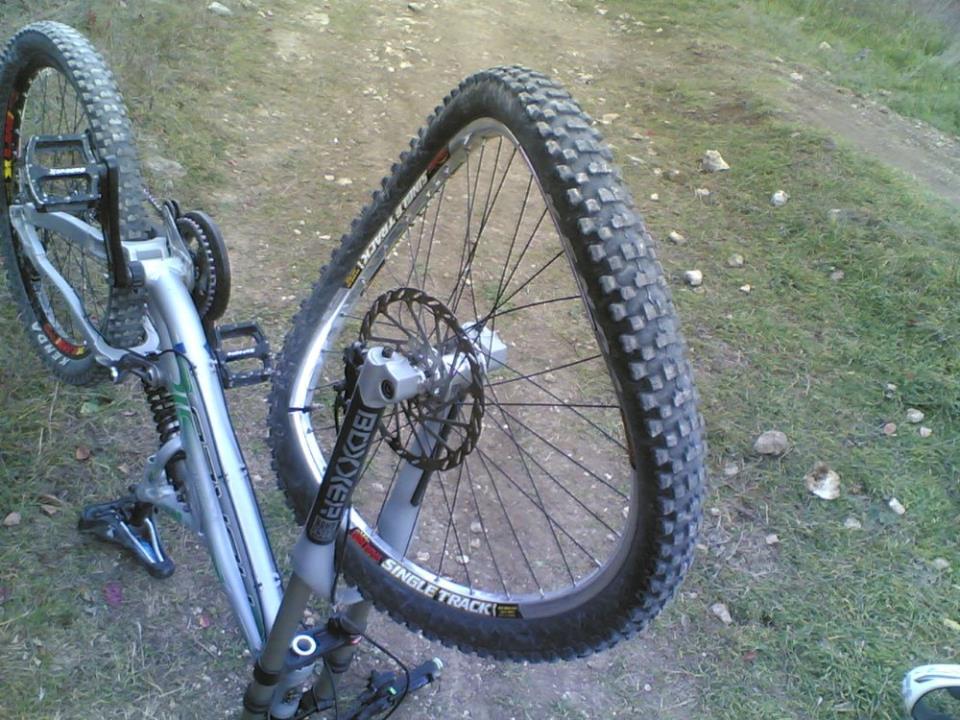 Деформация колеса велосипеда
