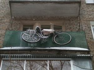хранение велосипеда на открытом балконе