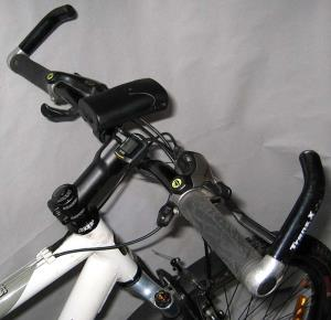 Велосипед с рогами на руле