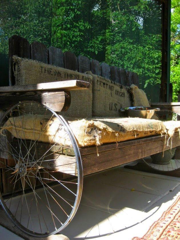 дачная скамейка на велосипедных колесах
