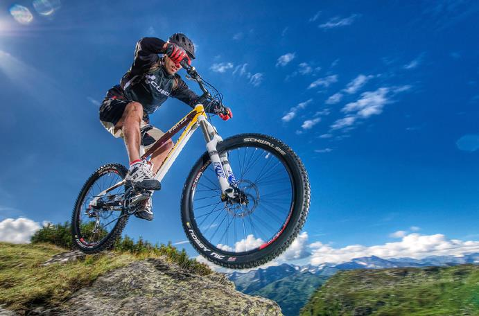 Регулировка тормозных систем велосипедов производится в том случае, когда вы приобрели новый байк, а также по истечении срока его обкатки