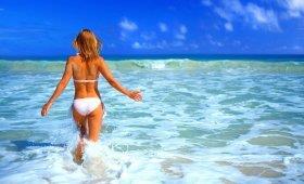 Можно ли купаться бассейне или открытом водоеме во время месячных?