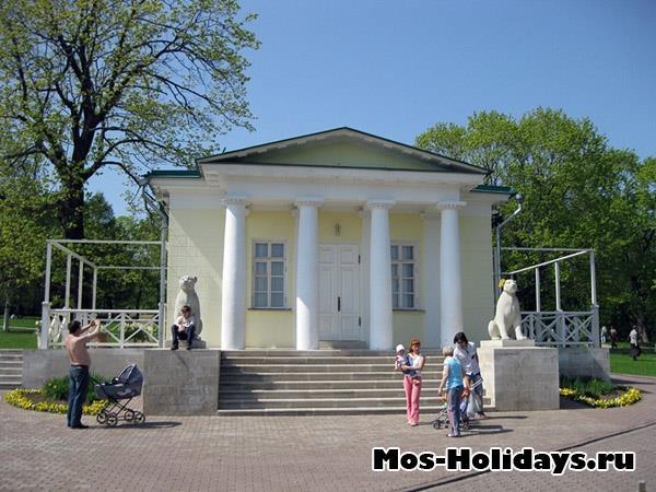 Дворцовый павильон 1825 г. в усадьбе Коломенское