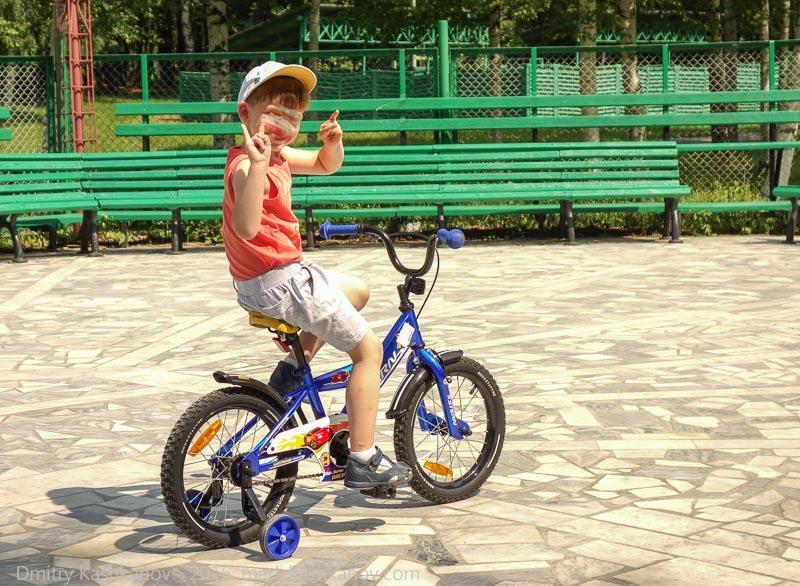 Ребенок на велосипеде. как мы купили детский велосипед Stern Rocket