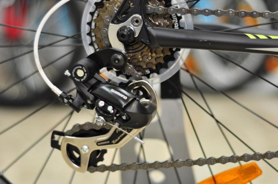 Заднее колесо скоростного велосипеда