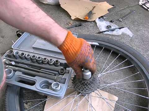 Как снять кассету на велосипеде без съемника