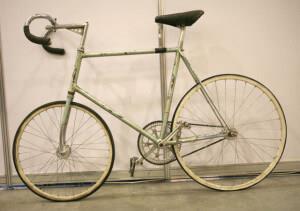 Трековый велосипед для гонки за лидером