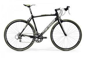 классический велосипед merida crossway lite race