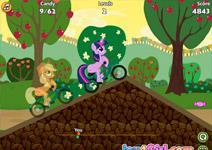 Гонки пони на велосипедах
