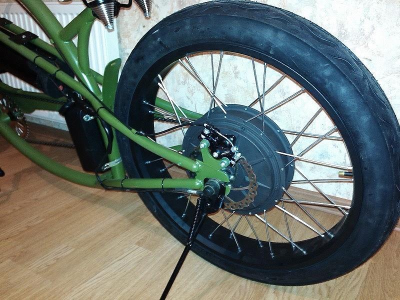 Электромотор в велосипеде-чоппере
