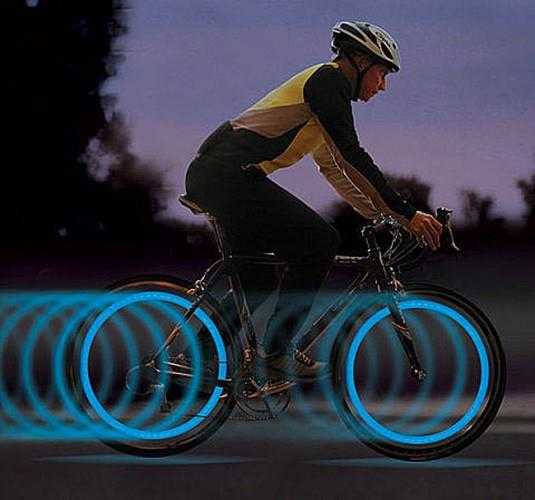 e905_bicycle_spoke_led_light_inuse-535x500