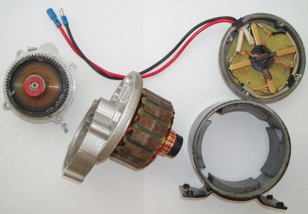 подвесной электродвигатель в разобранном виде