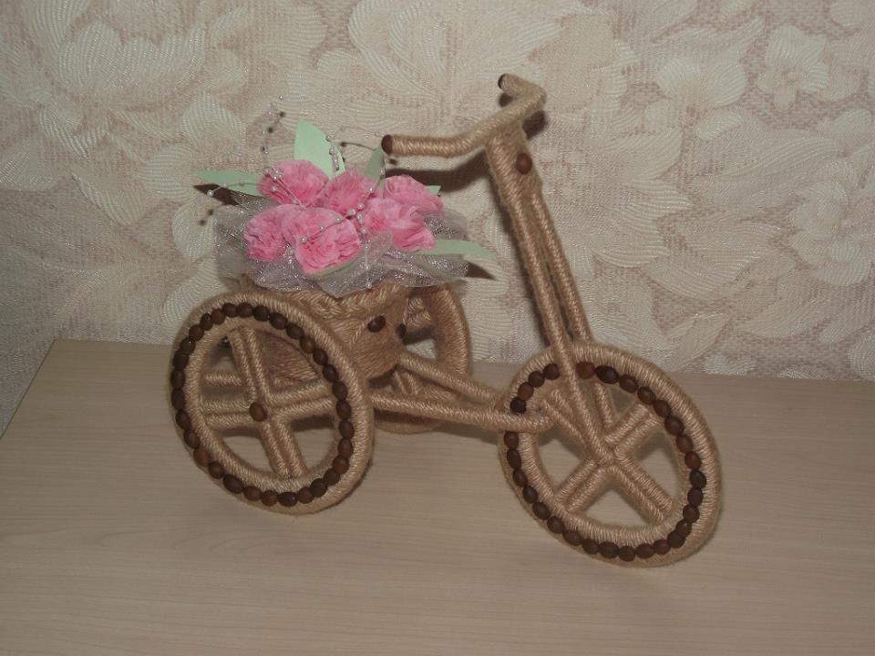 кашпо велосипед из шпагата,своими руками,мастер класс, делаем цветочные горшки,кашпо для цветов,украшение интерьера,декор,оригинальное кашпо,мк