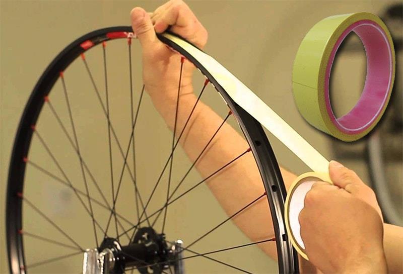 Герметизация колеса клейкой ободной лентой