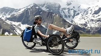 полулежачий трехколесный велосипед
