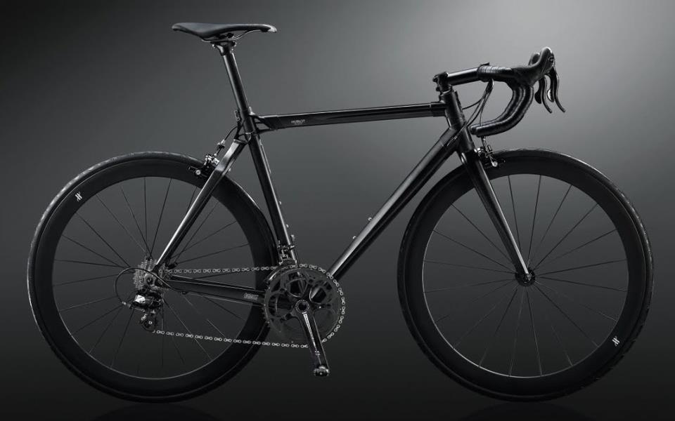 самые дорогие велосипеды в мире: BMC All Black Hublot Team Machine edition фото