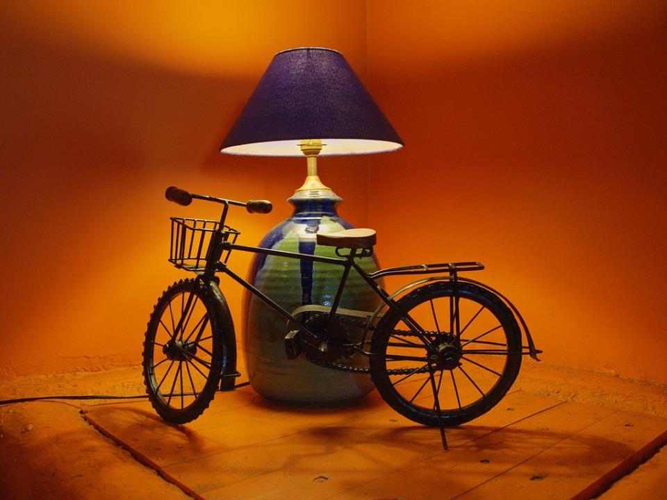 Лампа в форме велосипеда
