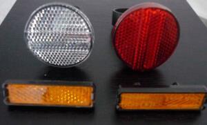 Передние, задние и боковые светоотражатели на велосипед