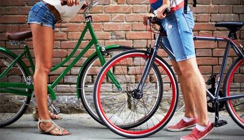 Что дают женской фигуре занятия на велосипеде