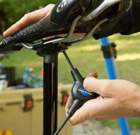 установка сиденья велосипеда