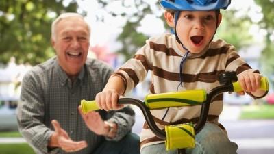 Как научить ребенка кататься на велосипеде: советы и рекомендации