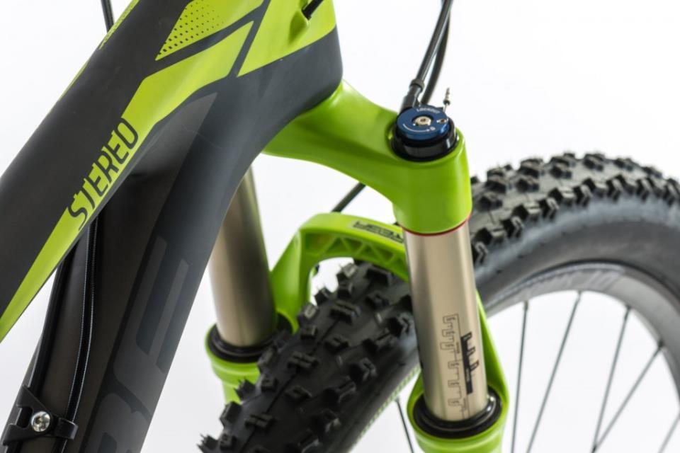 Передний амортизатор на вилке велосипеда