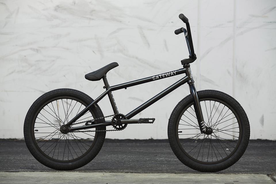 BMX велосипед CULT GATEWAY