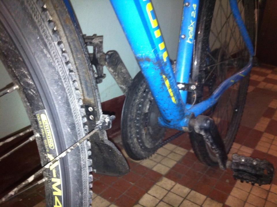 велосипед после поездки в дождь с крыльями sks Bluemels 28'