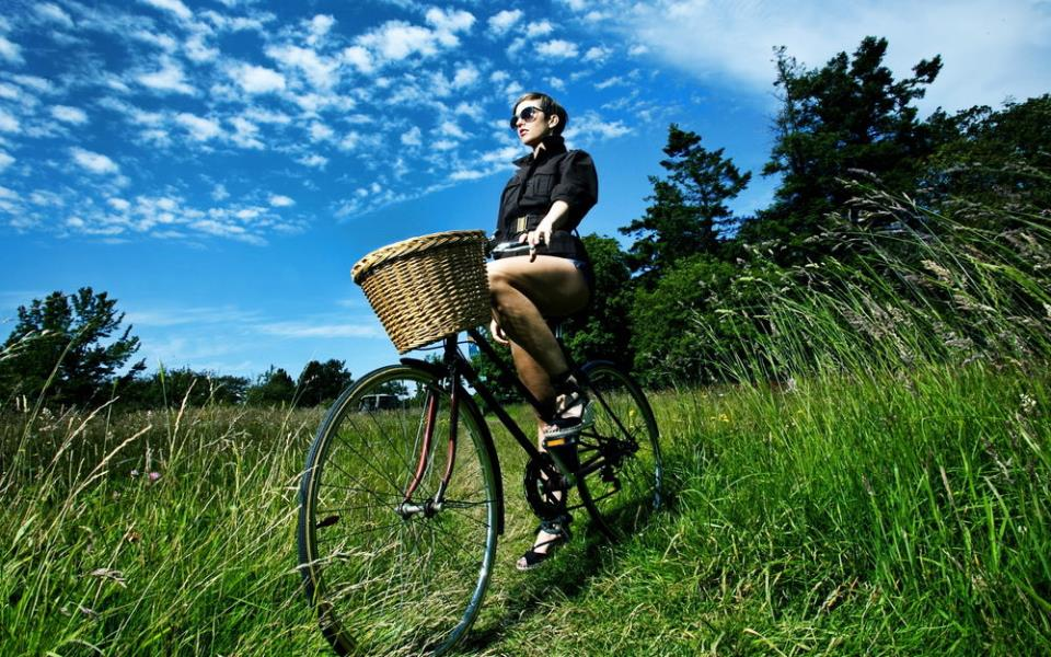 Женский велосипед в стиле ретро