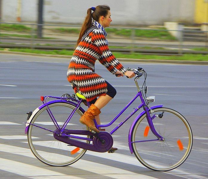 Женский городской велосипед с заниженной рамой