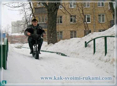 скутер на электродвигателе