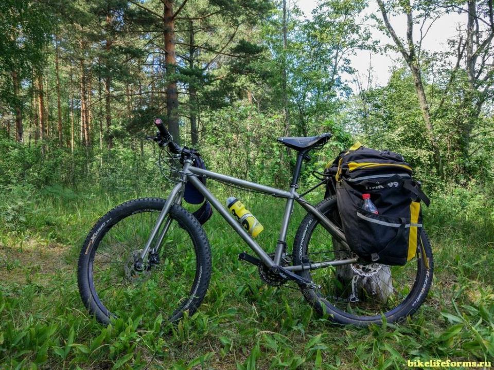 Титановый велосипед для путешествий и города