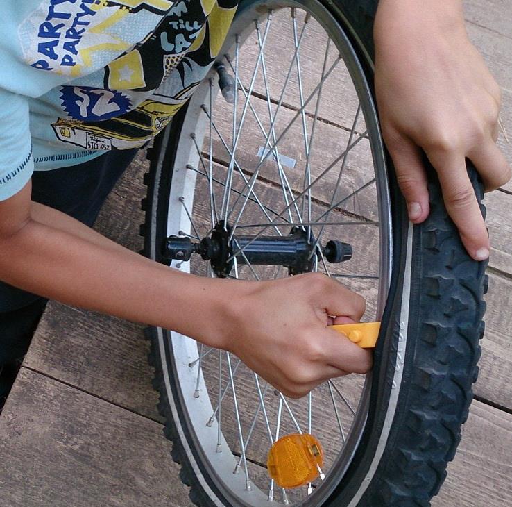 Как поменять камеру на велосипеде?