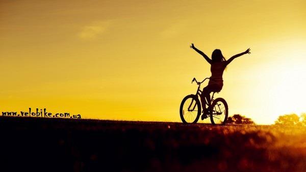 girl in bike