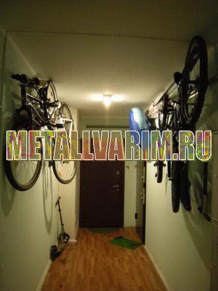 кронштейн в коридор для велосипеда