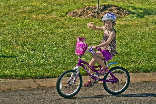 Детский велосипед для девочек старше 6 лет
