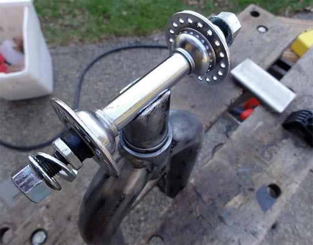 Установка втулки на прицеп для велосипеда