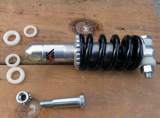 Механический велосипедный амортизатор для самодельного велоприцепа