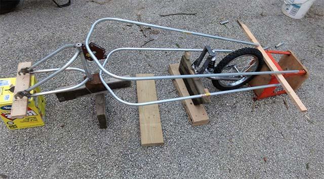Рама одноколёсного прицепа для велосипеда