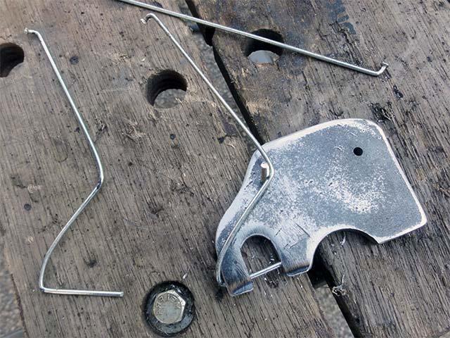 Стопорные штифты для крепления велоприцепа
