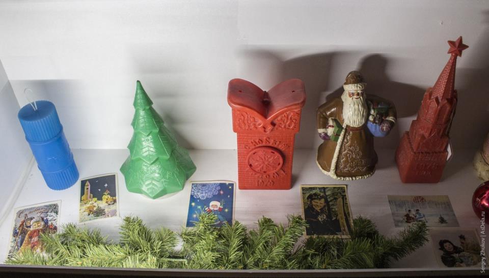Упаковки подарков Кремлевских Ёлок советского периода.