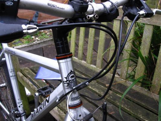 кабели велосипеда