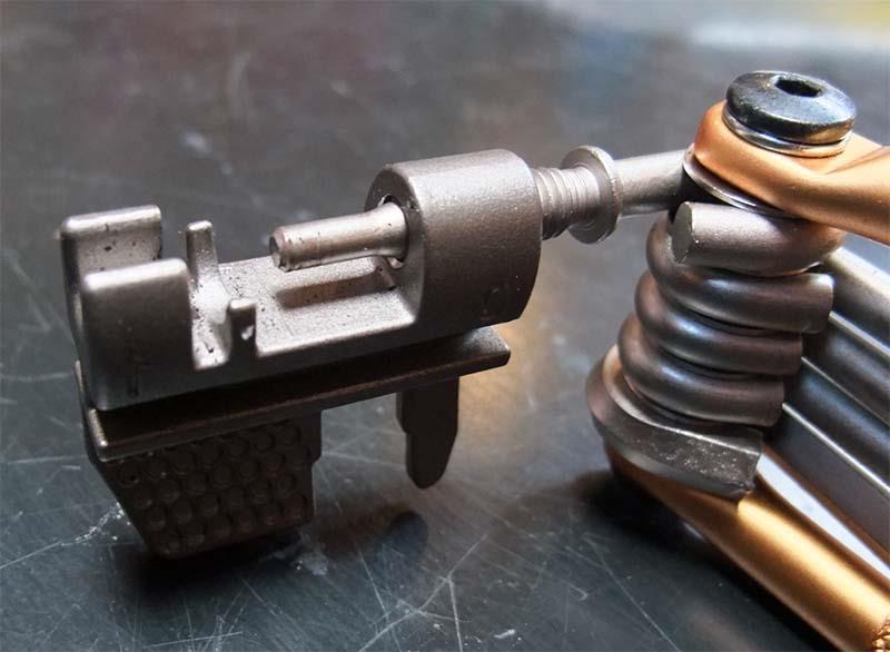 Инструмент для ремонта цепи