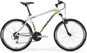 горный велосипед для катания по горной местности