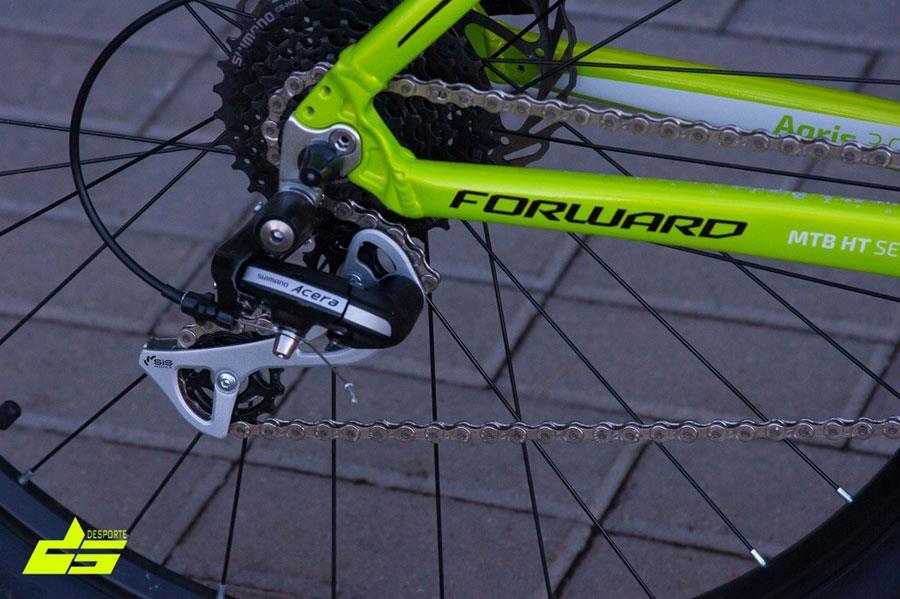 Задний переключатель Shimano Acera на велосипеде Agris 27,5 3.0