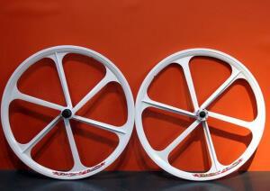 Литые диски на велосипед 26 дюймов