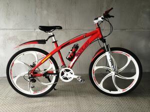 Велосипед на литых дисках BMW Duo Red